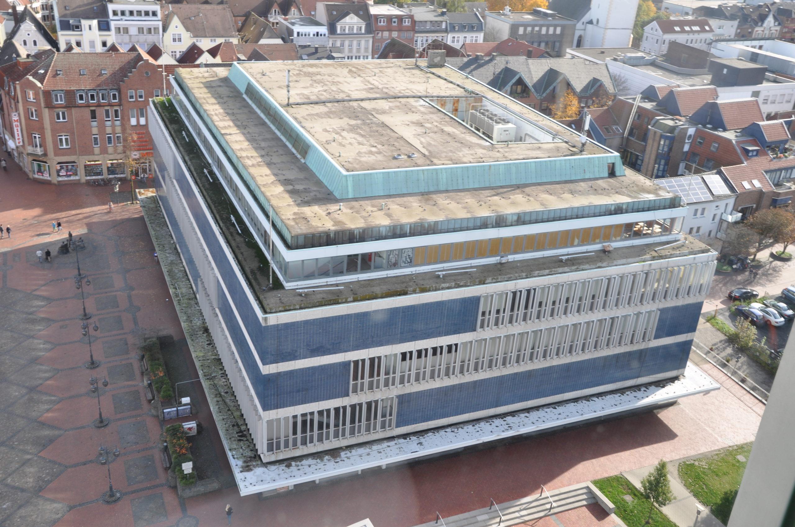 Ehemalige Hertie Immobilie kurz vor dem Umbau – Fotograf Stadt Lünen - © Stadt Lünen